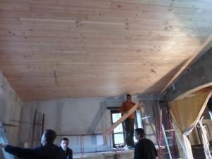 Isolation du plafond de la salle de réunion
