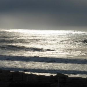 La mer, calme, apaisante ou inquiétante :une image de la mort ?